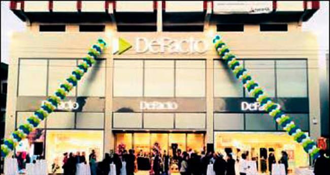 DeFacto Kuzey Kıbrıs'ta mağaza açtı