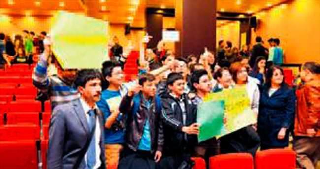 'Bir hilal uğruna Çanakkale'