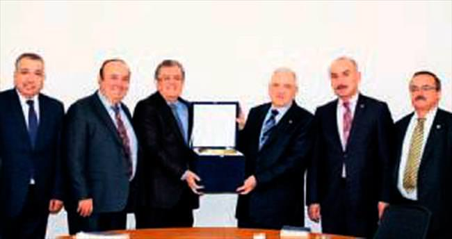 ATO Offset Komisyonu eski bakan Gönül'ü ağırladı