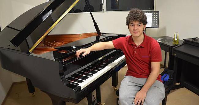 Genç piyaniste Rusya'dan vize engeli