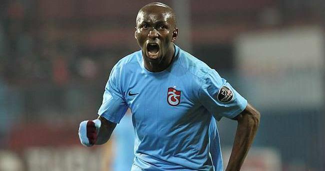 Trabzonspor'da Mbia için kritik görüşme