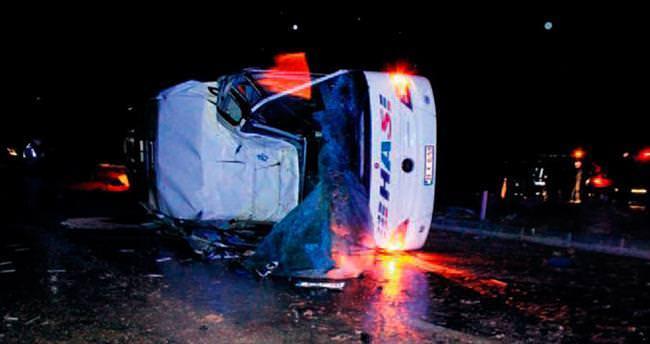 Kaza üstüne kaza: 6 ölü, 24 yaralı