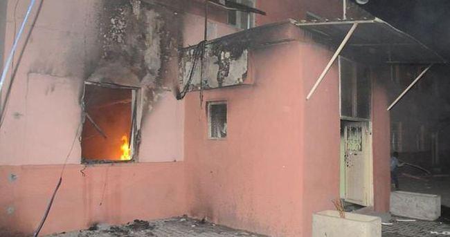 Şırnak'ta teröristler okulu ateşe verdi