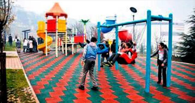 Mamak'ta çocuk dostu park açıldı