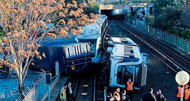 İzmir metrosunda faciadan dönüldü