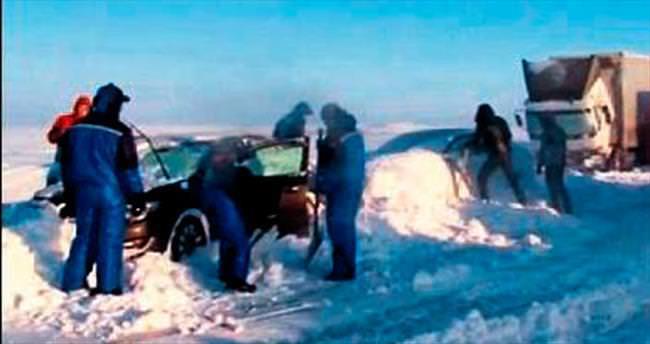 Karda kalanlar Putin'e isyan etti