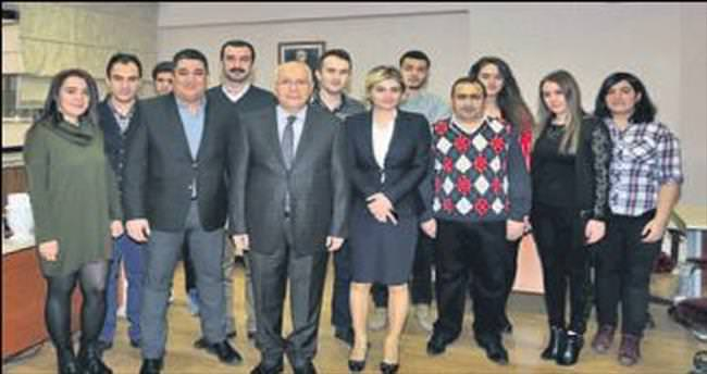Yaşar, Gazeteciler Günü'nü kutladı