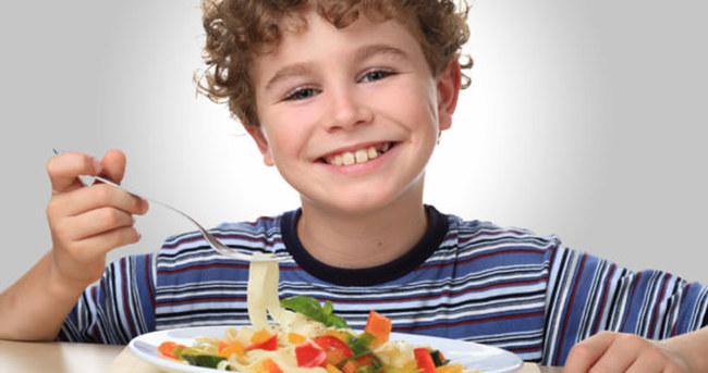 Çocukların beslenmesinde altın öğütler