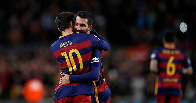 Messi'den Arda Turan yorumu