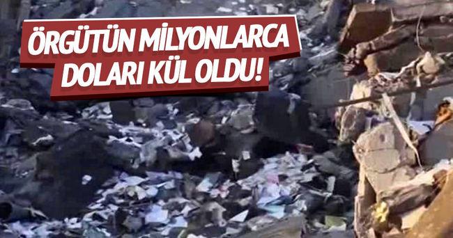 DAEŞ'in merkez bankası vuruldu