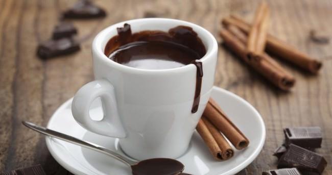 Emziren annelere kafein uyarısı