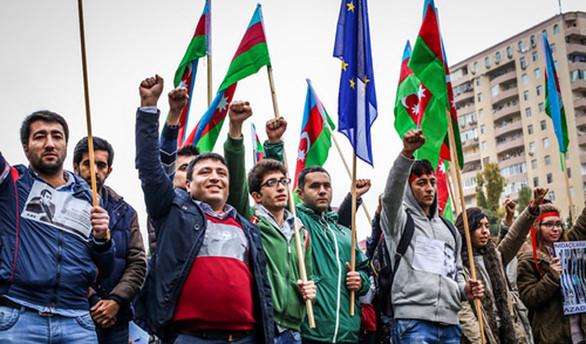 Azerbaycan'da zam protestosu