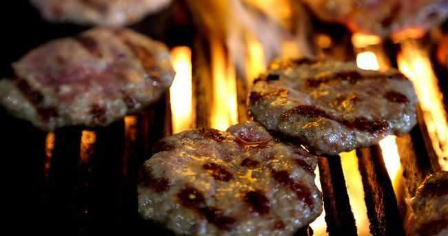 Köfteyi pişirmeden önce içine bunları katın
