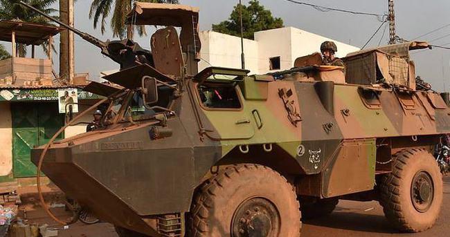 Fransa OAC'den askerlerini geri çekecek