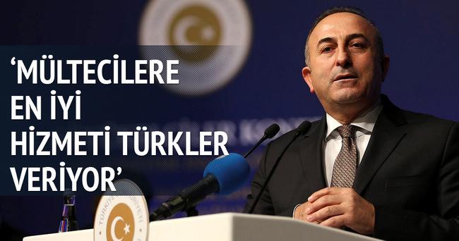 Bakan Çavuşoğlu: Mültecilere en iyi hizmeti Türkler veriyor