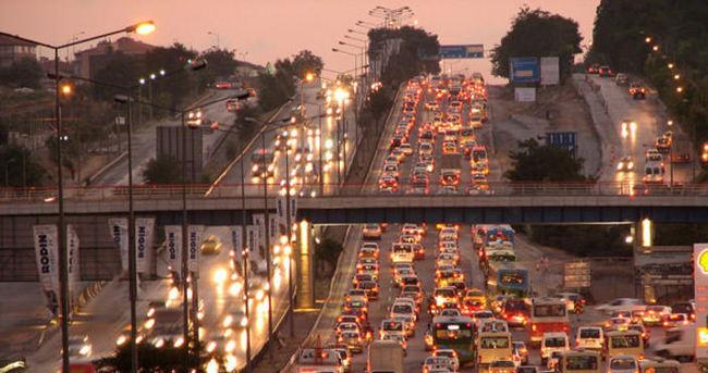 İstanbul trafiği için teknolojik çözüm önerileri