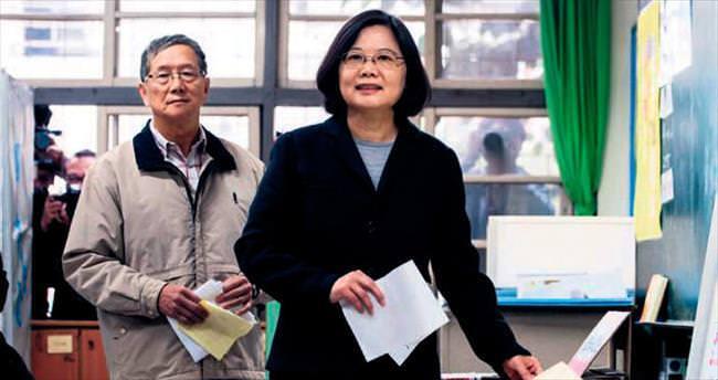 Tayvan, ilk kadın başbakanını seçti
