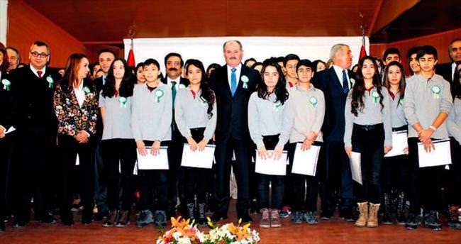 Şiddete karşı okullara 6 bin 'barış' elçisi