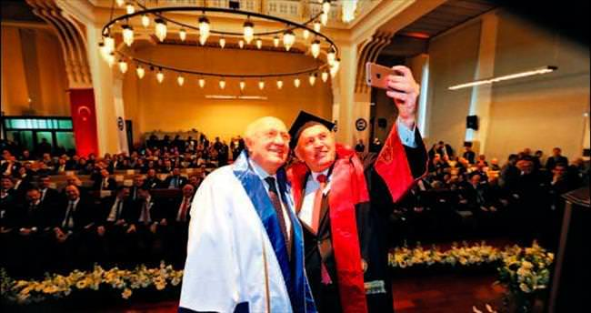 Marmara Üniversitesi'nden Topbaş'a fahri doktora