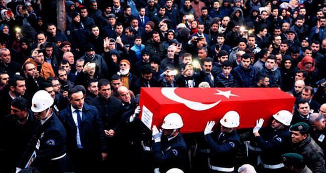Şırnak ve Sur'da 3 hain saldırı: 6 şehit