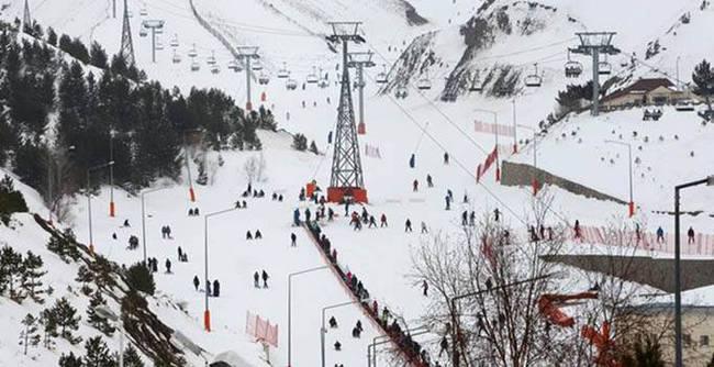 Erzurum'da çığ düştü: 1 asker yaralı