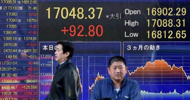 Çin'den son 25 yılın en kötü büyümesi
