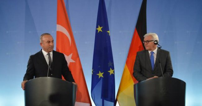 Çavuşoğlu, Steinmeier'le görüştü