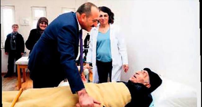 Duruay'dan İncek'teki Fizik Tedavi Hastanesi'ne ziyaret