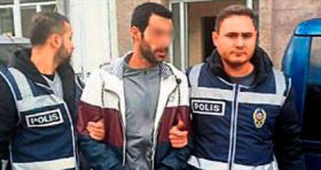 Bostanlı'da iş adamının bulunduğu aracı kurşunlayan 2 zanlı tutuklandı