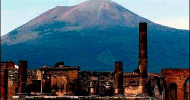 İtalya'da 'Vezüv' alarmı