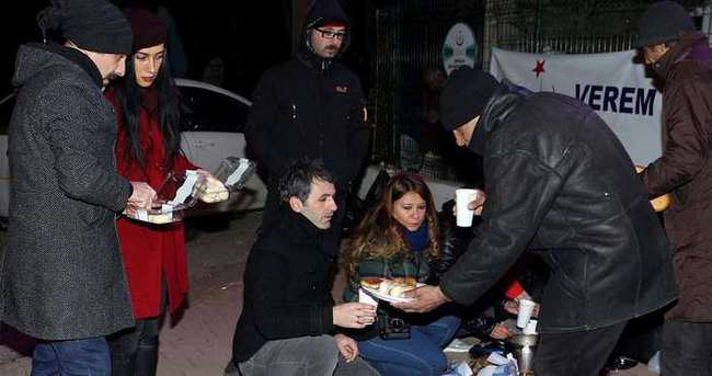 Antalyalılar evsizleri unutmadı