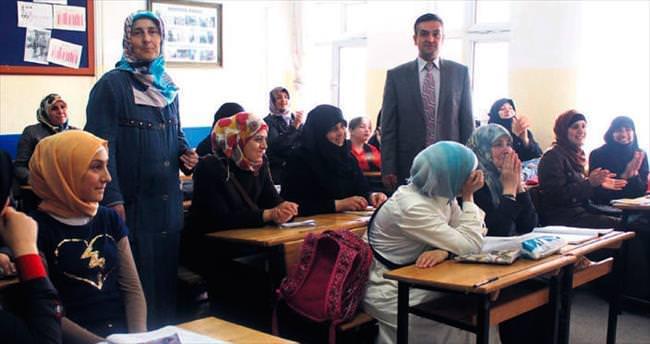 Mülteci eğitiminde Ankara açık ara önde