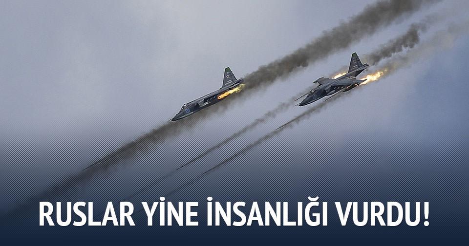 Rus uçakları yardım tırlarını vurdu