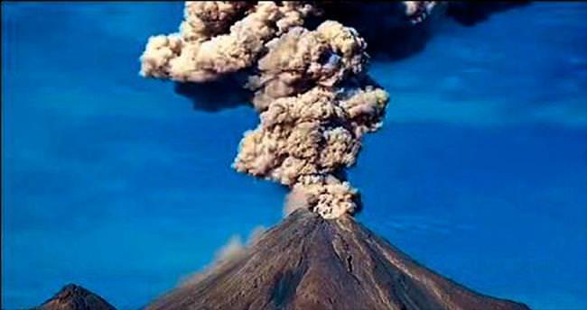 Volkanın külleri 2 bin 900 metrede