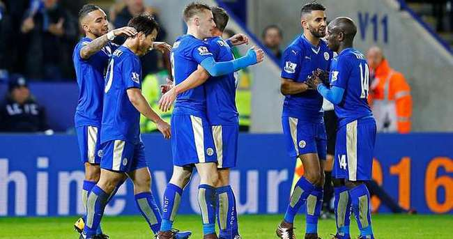 Leicester City liderliği bırakmıyor