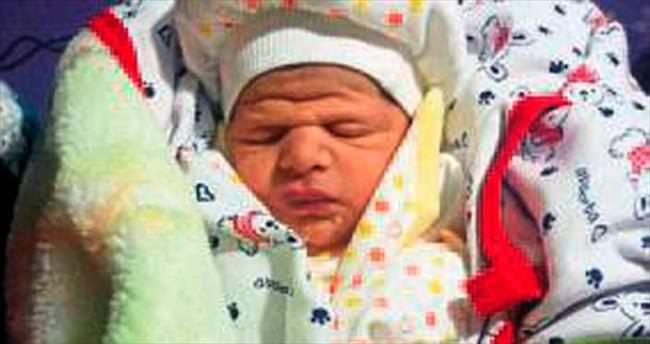 Polis, bebeğin annesini göbek bağından bulacak
