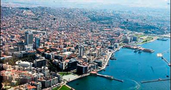 Nüfusları İzmir'de olanların oranı 4'te1
