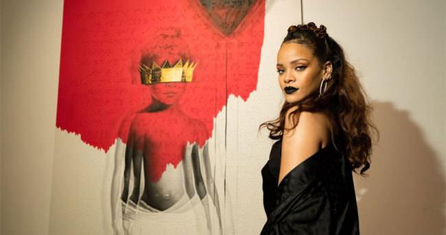 Rihanna'nın son albümü herkesi şaşırttı!