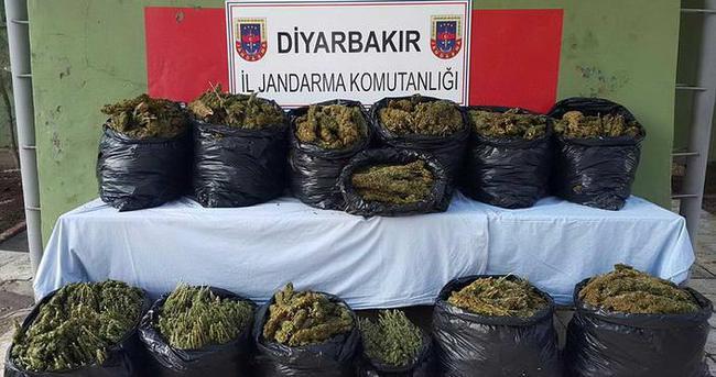 Diyarbakır'da 134 kilo esrar ele geçirildi
