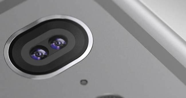Sony, iPhone 7 kamerasını mı işaret etti?