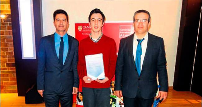 Yakın Doğu Koleji'nin büyük GCE başarısı