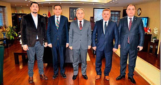 ADAMOB'dan Adana Valisi Büyük'e ziyaret