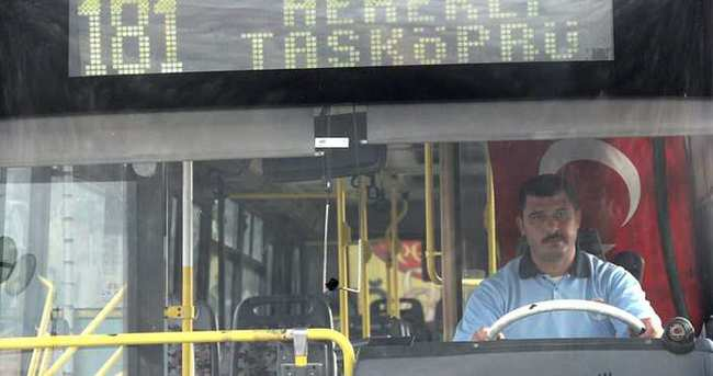 Otobüs şoförü yolcusunun hayatını kurtardı