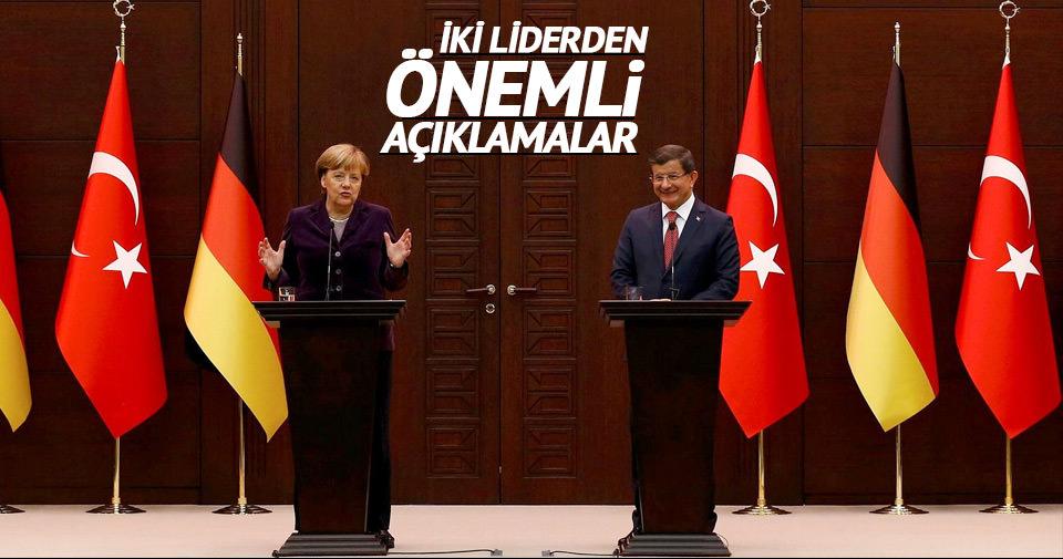 Davutoğlu-Merkel ortak basın açıklaması yaptı!
