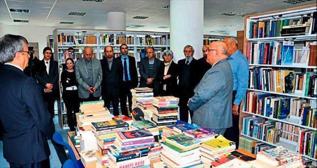 Vatandaştan üniversite kütüphanesine 550 kitap