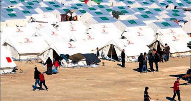 Türkiye sınırda 6 kamp kurdu