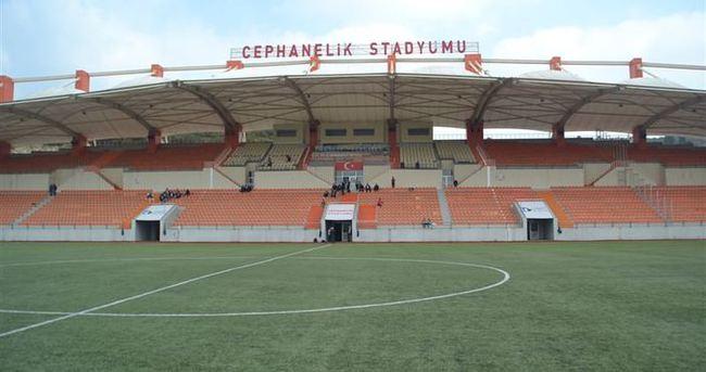 Cephanelik Stadı'na zarar veriliyor