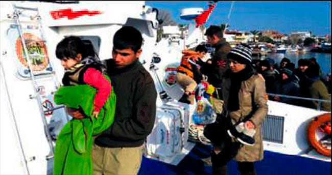 592 göçmen yakalandı