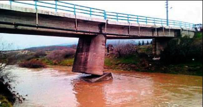 Yıkılma riski bulunan köprüye müdahale