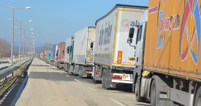 Yunan krizi sınır kapılarını etkiliyor